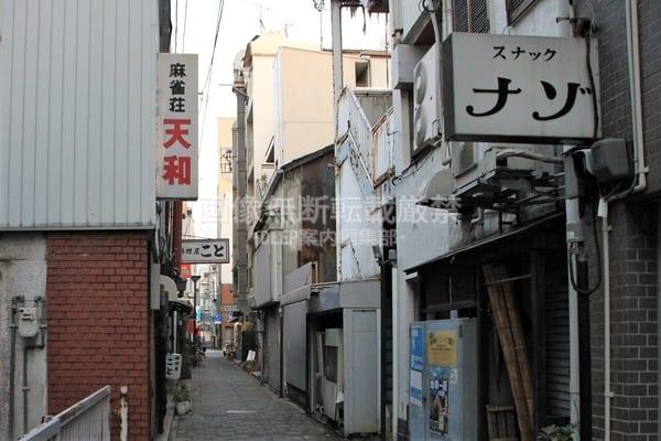 【高松市】うどん県の表の顔と裏の顔…高松三越裏・昭和の盛り場「浮世小路」と呼ばれた一角